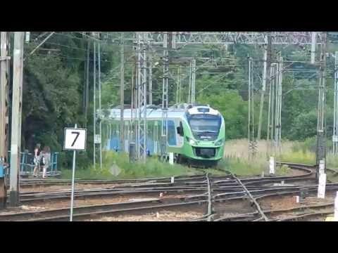 Manewry EN63A-019 na dworcu Rzeszów Gł. 15.06.2016 - YouTube