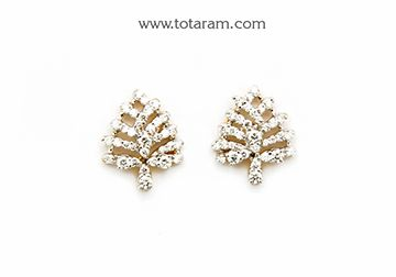 Diamond Earrings for Women in 18K Gold - DER852 - Indian Jewelry from Totaram Jewelers