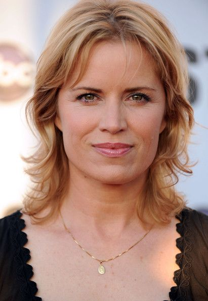 kim dickens felicity jones