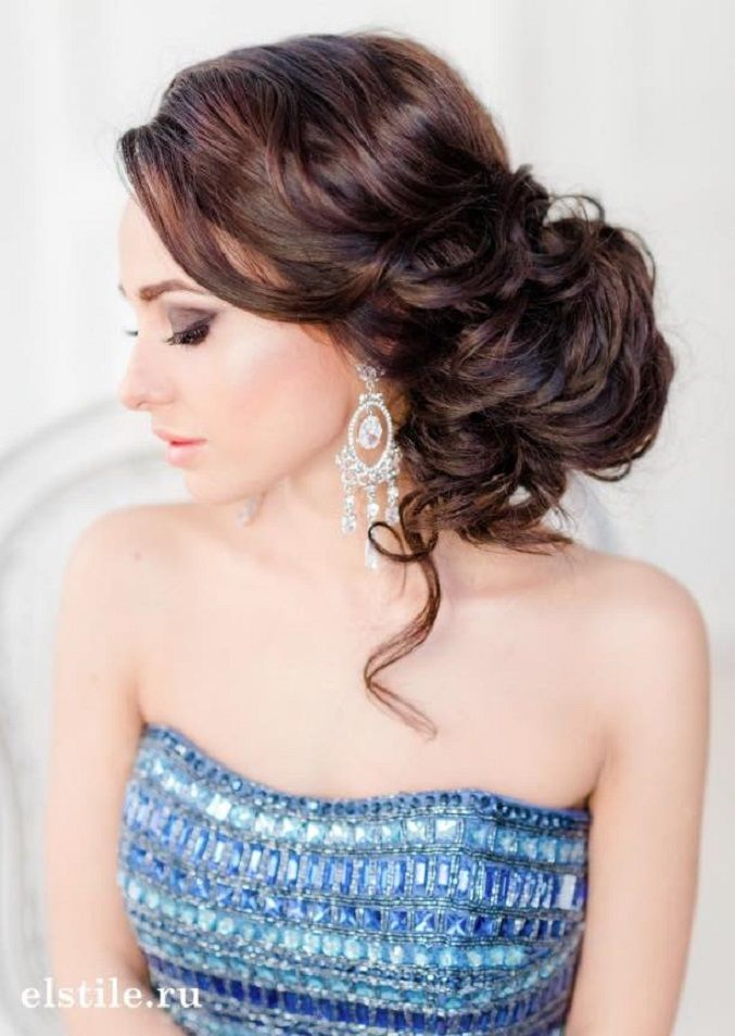 Loose Updo bridal hairstyles | Wedding Hairstyle Ideas For the Bride | fabmood.com #weddinghair #bridalhair #hairstyles #upstyle #updo #weddinginspiration #weddingideas #looseupdo