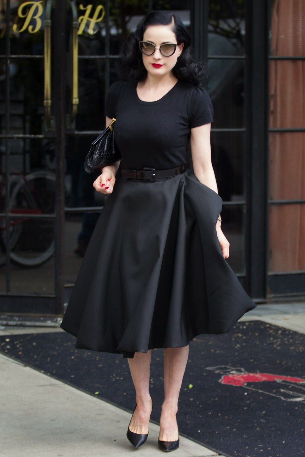 2019 year for lady- How to like look dita von teese