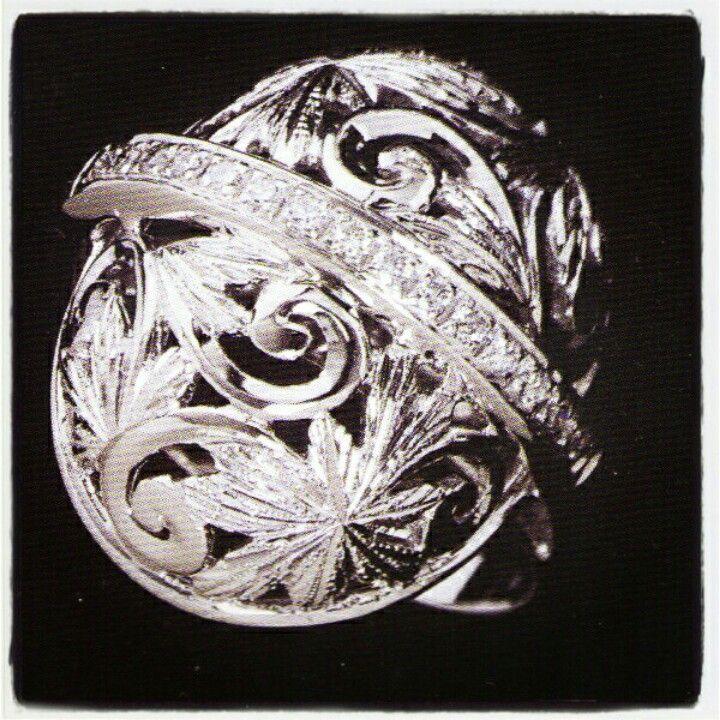 #18kt #WhiteGold #diamonds #ring #handmade by #MeliGioelli #Firenze #OpenWork #Embossing #Engraving #Florentine #Renaissance #Style