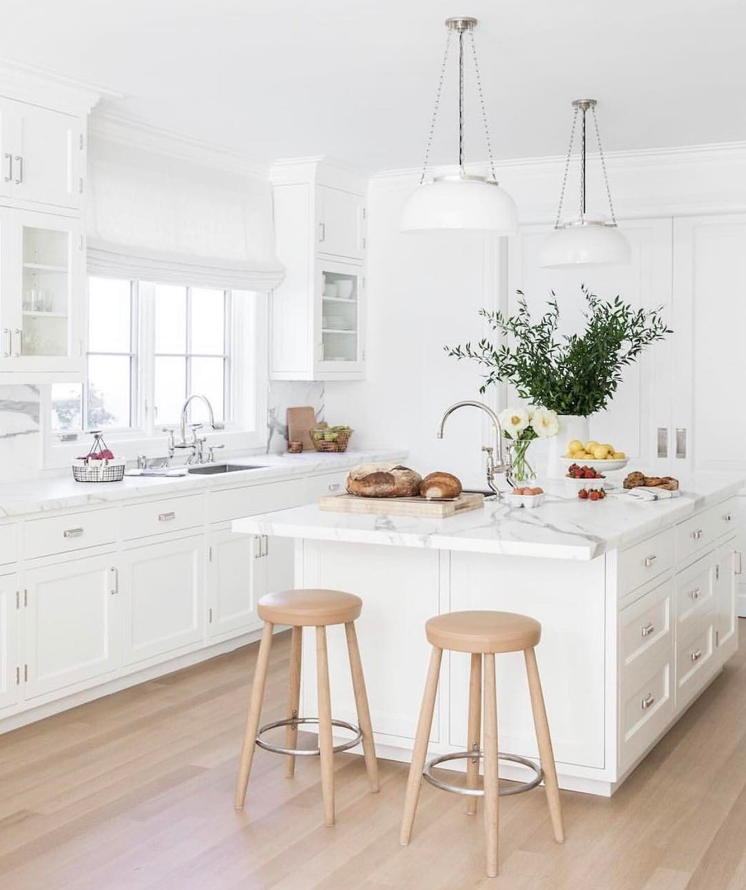 "Lauren Conrad Co. on Instagram: ""latest kitchen crush: this space designed by @kapitomullerinterior. loving these natural wood barstools with the white marble countertops.…"" #kitchencrushes Lauren Conrad Co. on Instagram: ""latest kitchen crush: this space designed by @kapitomullerinterior. loving these natural wood barstools with the white marble countertops.…"" #kitchencrushes Lauren Conrad Co. on Instagram: ""latest kitchen crush: this space designed by @kapitomullerinterior. lovin #kitchencrushes"