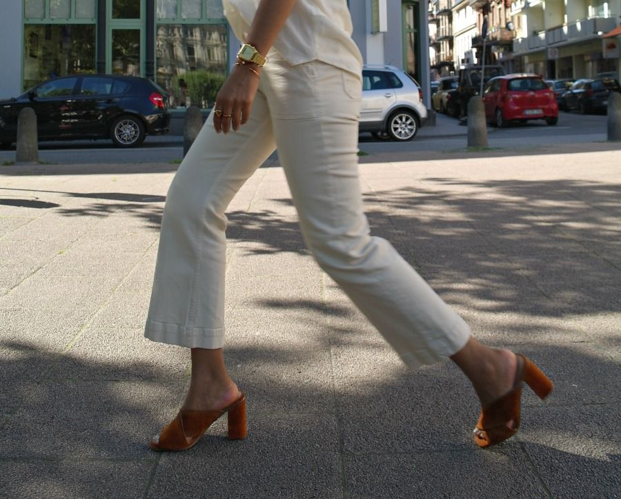 Outfit: Cropped Flare Jeans and V Neck Blouse with Heels Mules