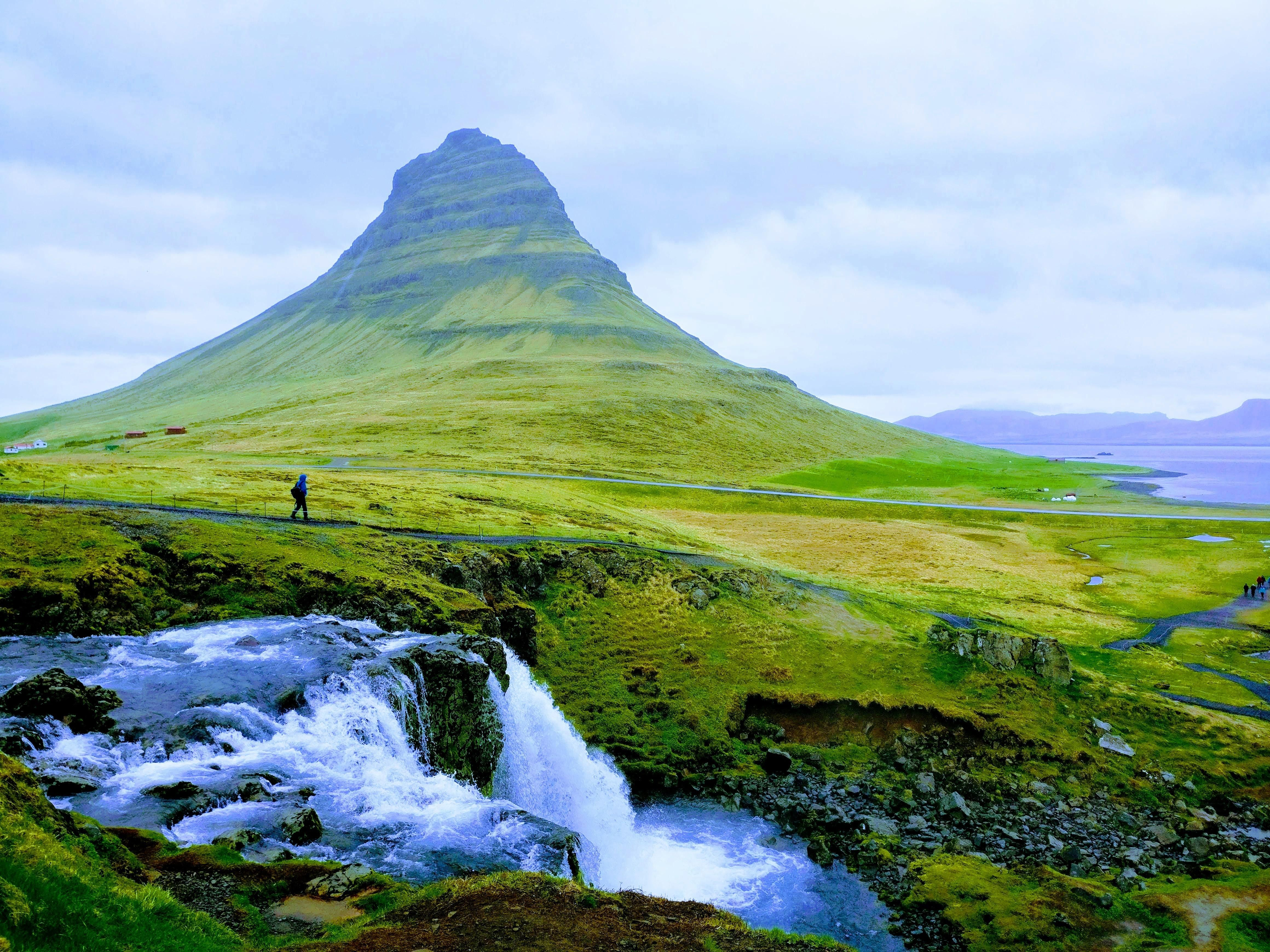 Seeing the mountain was as lovely as it appeared Kirkjufell Iceland [4640x3480] [OC