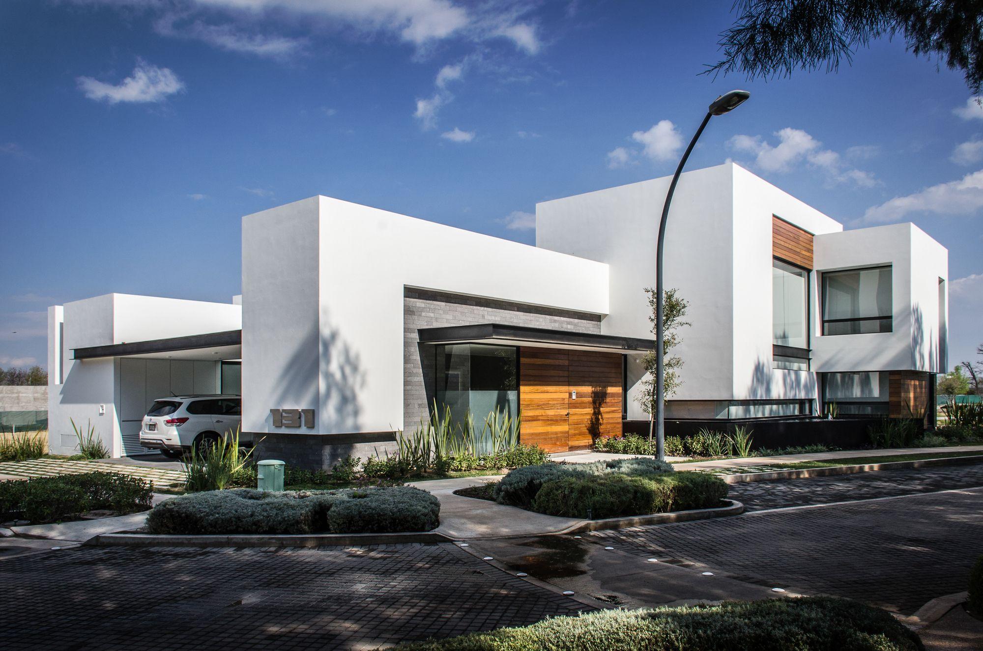 Galer a de casa agr adi arquitectura y dise o interior for Diseno exterior casa contemporanea