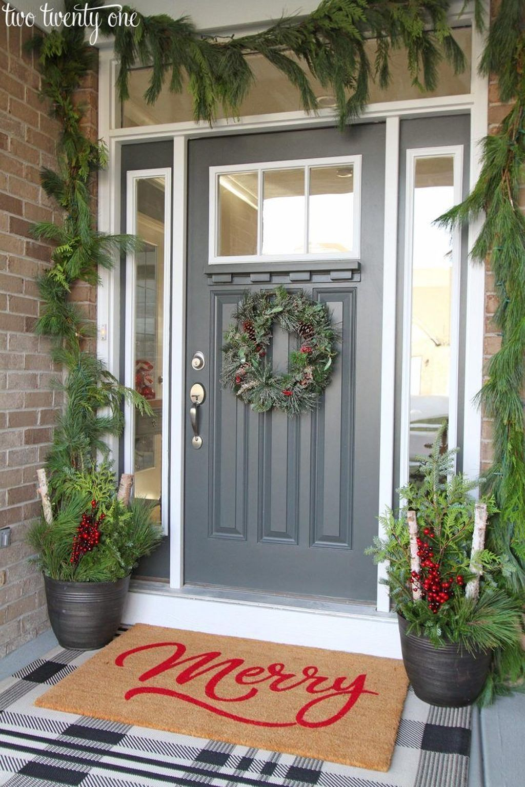 Awesome Winter Front Door Decor Ideas Front Porch Christmas Decor Diy Christmas Door Christmas Porch Decor