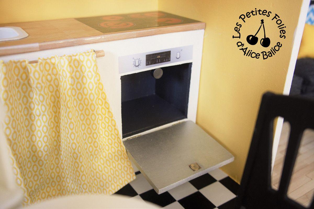 maison de barbie 5 les meubles cuisine et salon. Black Bedroom Furniture Sets. Home Design Ideas