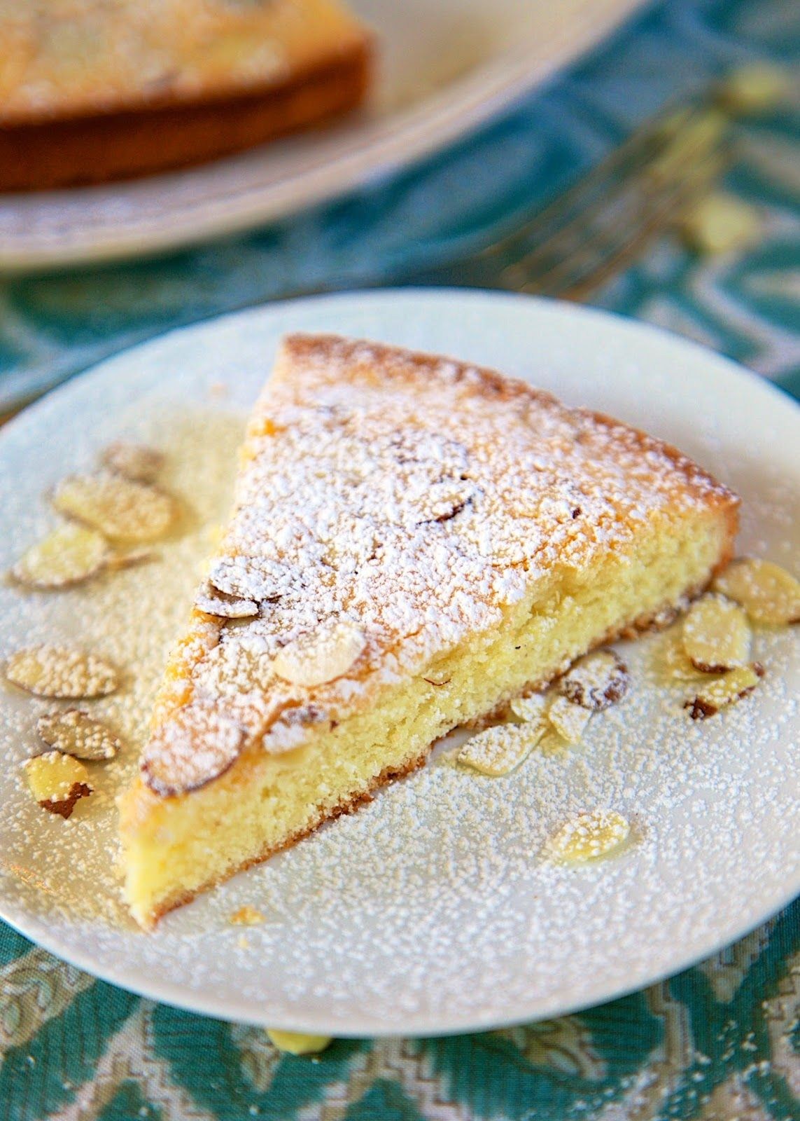 How to make almond cake from scratch