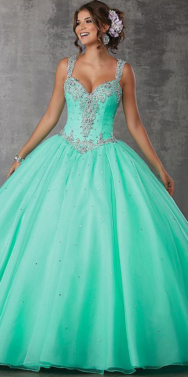 Fascinating Organza V-neck Neckline Ball Gown Quinceanera Dress With ...