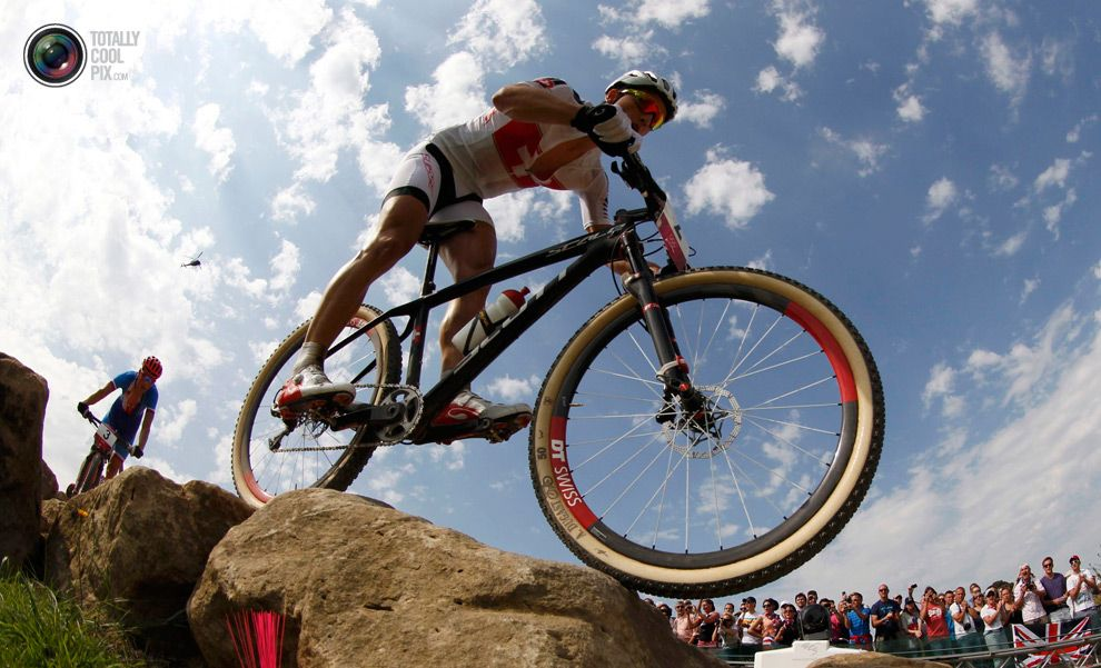 Day 16 Switzerland S Nino Schurter Cycles To A Silver Medal