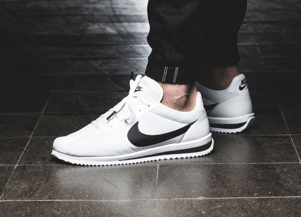 chaussure Nike Cortez Ultra blanche (1)