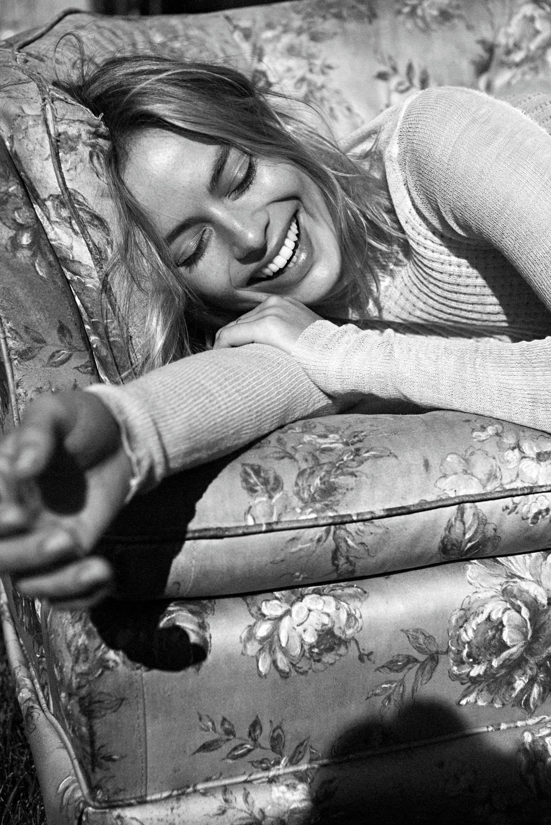 Margot Robbie for Vogue Australia December 2017 | FTAPE
