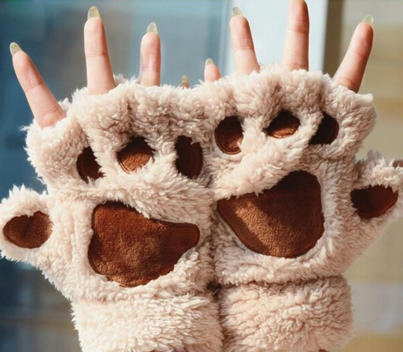 Coral Velvet Paw Glove