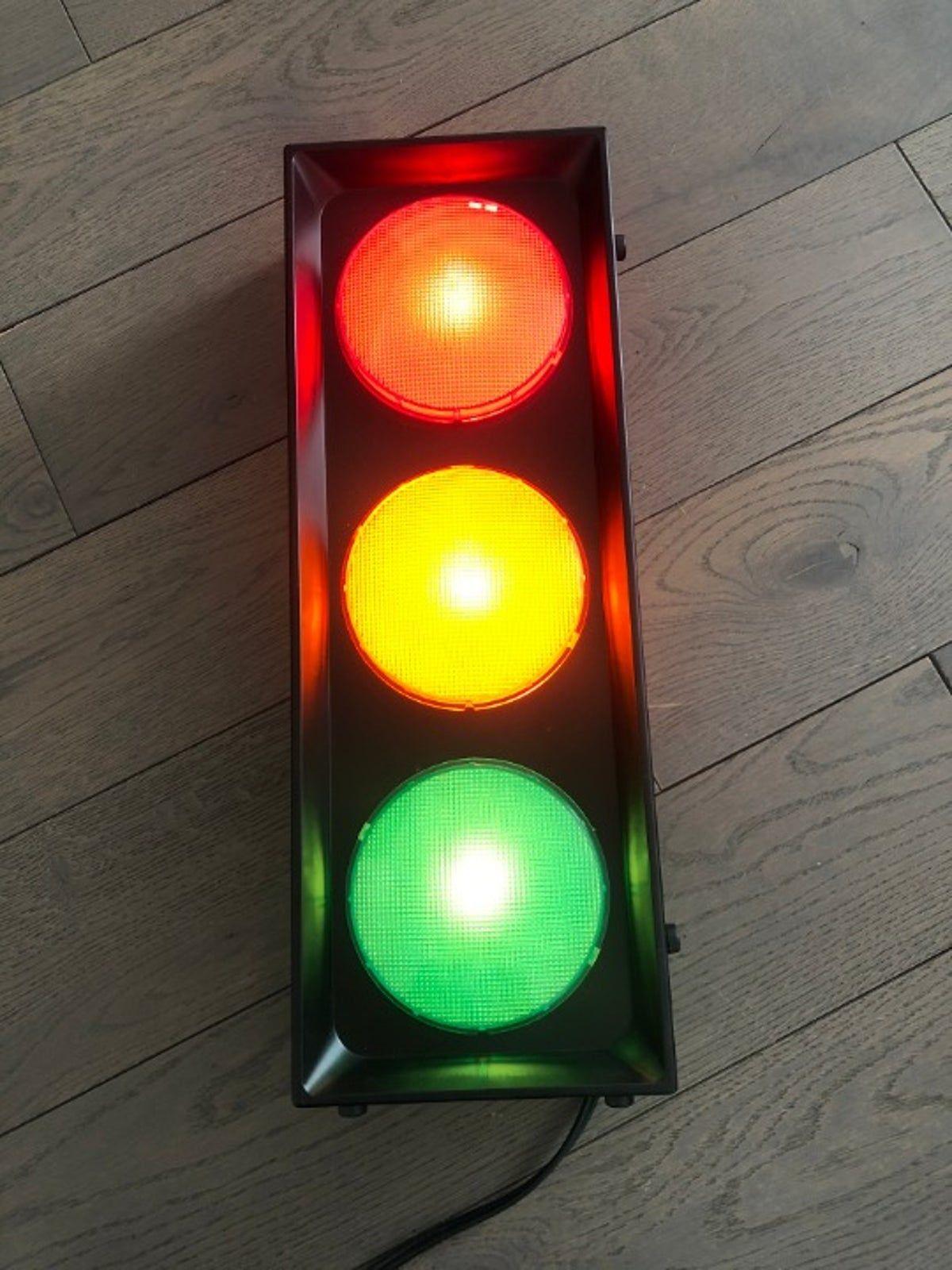 Traffic Light Stop Light Traffic Lite In 2020 Stop Light Light Traffic Light