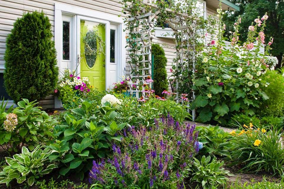 Whimsical Garden, Enchanted Garden, Garden Ideas, Colorful ...