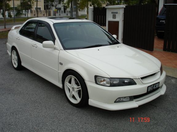 24+ 2001 Honda Accord Coupe With Spoiler