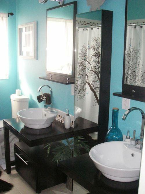 33 Dunkle Badezimmer Design Ideen   Bad Einrichtung Schwarze Möbel Blaue  Wände Große Spiegel Modern Bathroom