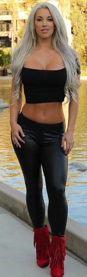 5754ac3375939 Laci Kay Somers ~ SchoolGirl❤Tart Spandex, Ragazze, Jeans, Completi Sexy,