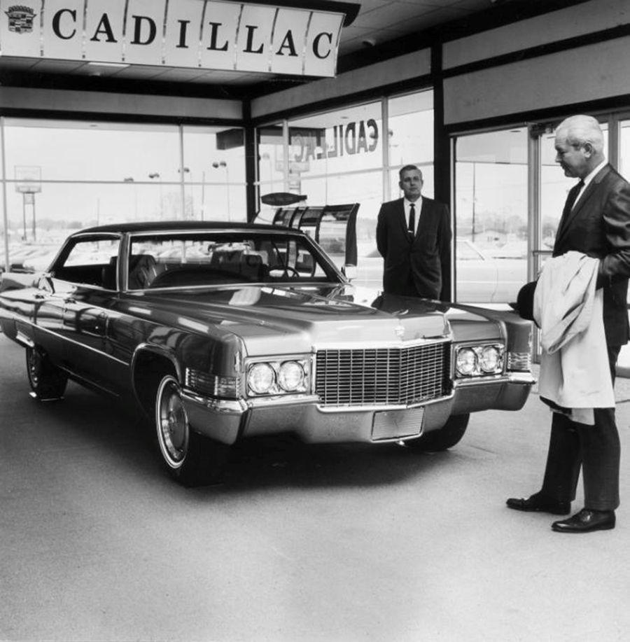 Vintage Pontiac Dealership: Share If You Like This!0000Cadillac Showroom 1970 1970