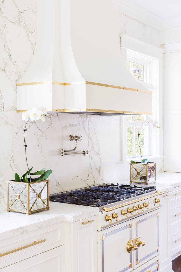 Hood, marble, range. Oh my | Kitchen | Pinterest | Diseño de cocina ...