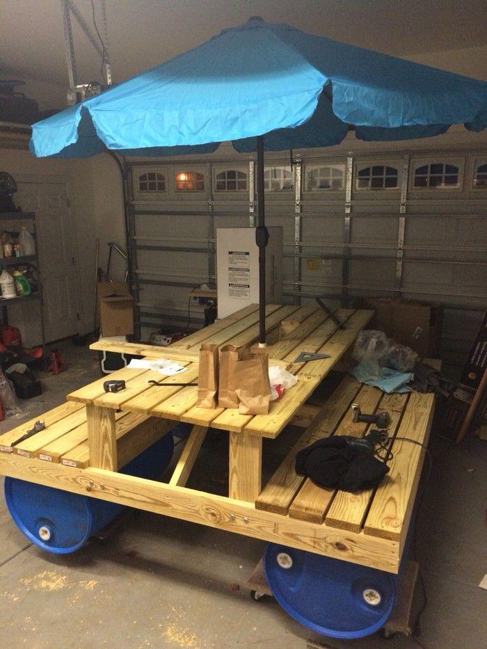 Floating picnic table flottant pinterest picnic for Floating bench plans