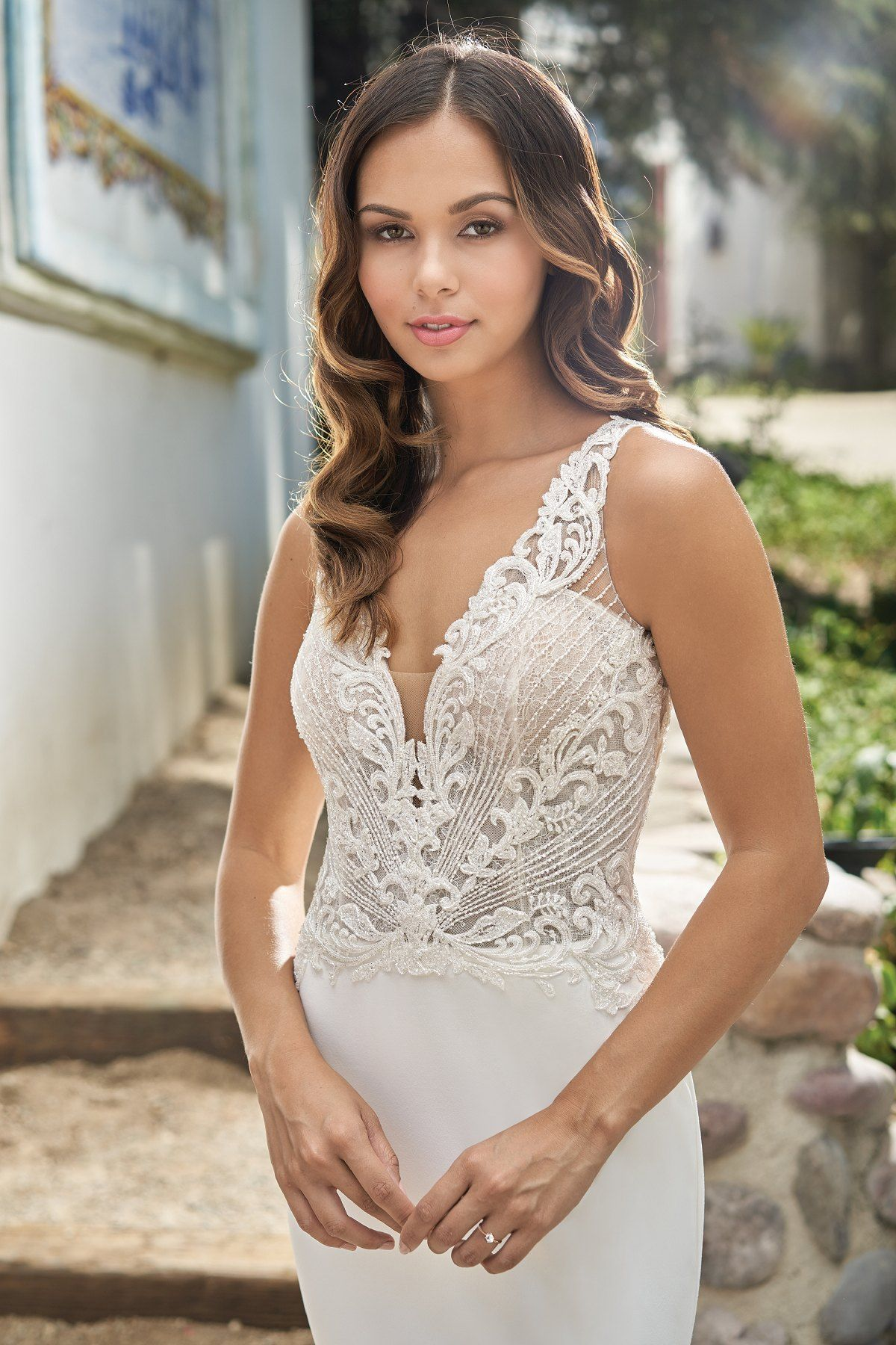 43+ Stretch lace wedding gown info