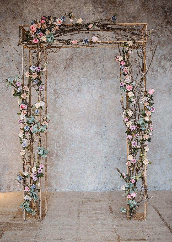 Rustic Wedding Arch Diy In 2020 Outdoor Wedding Decorations Wedding Arch Flowers Wedding Decorations
