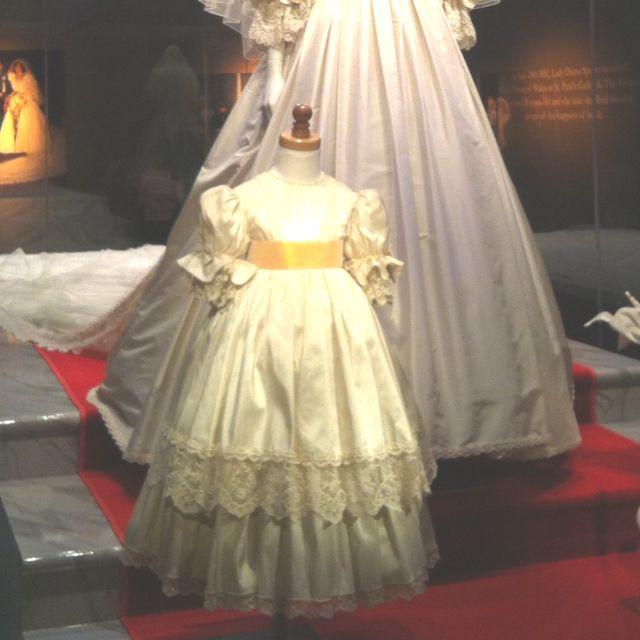 Princess Diana Exhibit Mall Of America Wedding Gown Princess Diana Royal Weddings Lady Diana