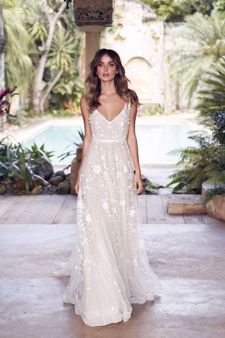 Amelia | Vestidos y accesorios de boda vintage – Victoria Ruffle Atelier – Vestido de novia