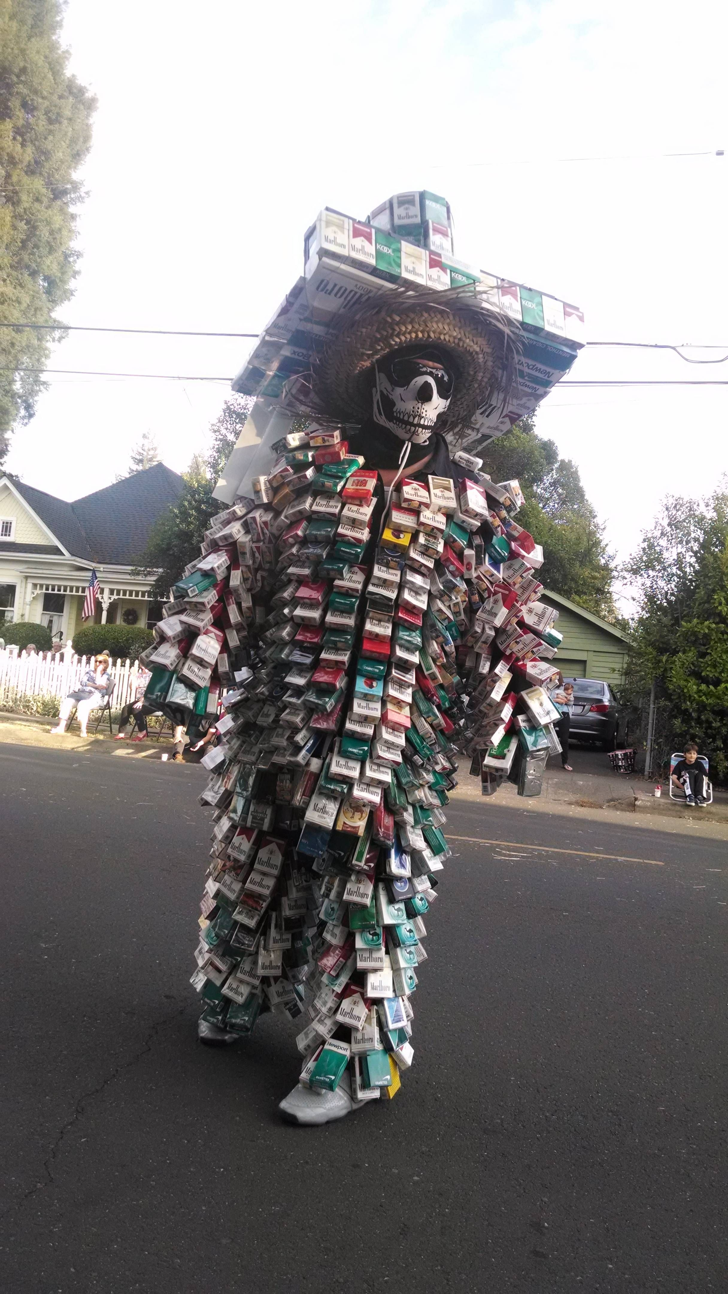 Best Day of the Dead dancer costume ever Funny pictures