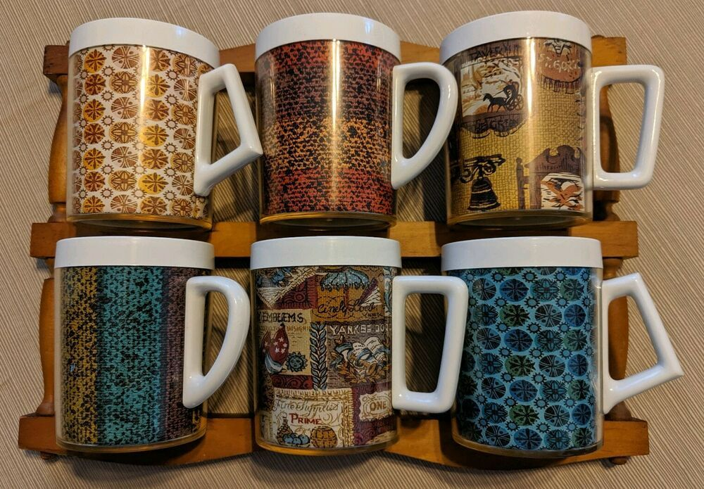 Vintage Thermal Plastic Coffee Mugs Set Of 6 With Wooden