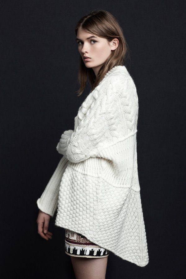 Zara TRF\'s white oversize cable knit cardigan. | CABLE | Pinterest ...