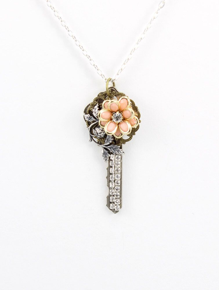 Key pendant necklace upcycled key jewelry fancy key vintage key pendant necklace upcycled key jewelry fancy key vintage key necklace steampunk aloadofball Image collections