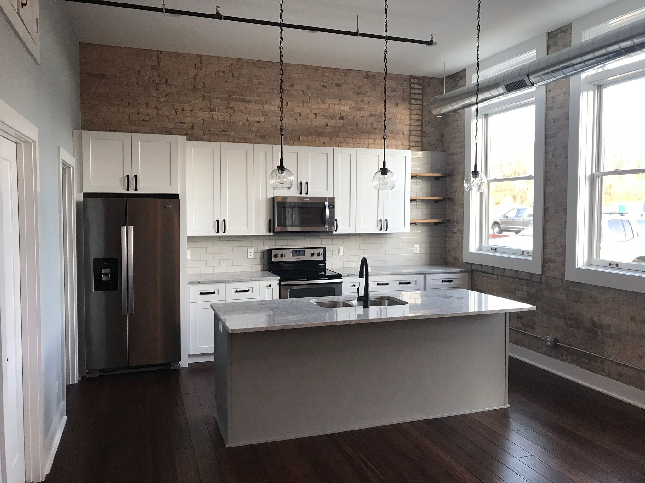 jefferson loft kitchen in j k white shaker loft kitchen kitchen wooden doors on j kitchen id=41552