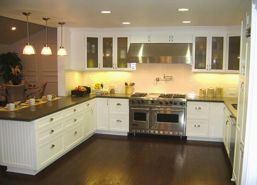 Best We Will Have White Shaker Cabinets A Dark Brown Oak Floor 400 x 300
