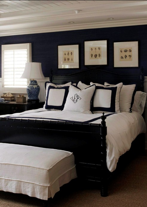 navy walls with white bedding black frames black bed bedroom navy and brass navy bedrooms. Black Bedroom Furniture Sets. Home Design Ideas