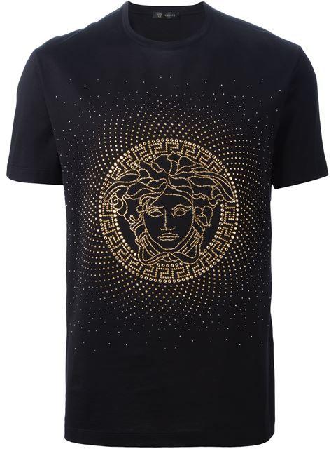 9feadf24767f Versace Camiseta com aplicações   Food T- Shirts   Pinterest ...