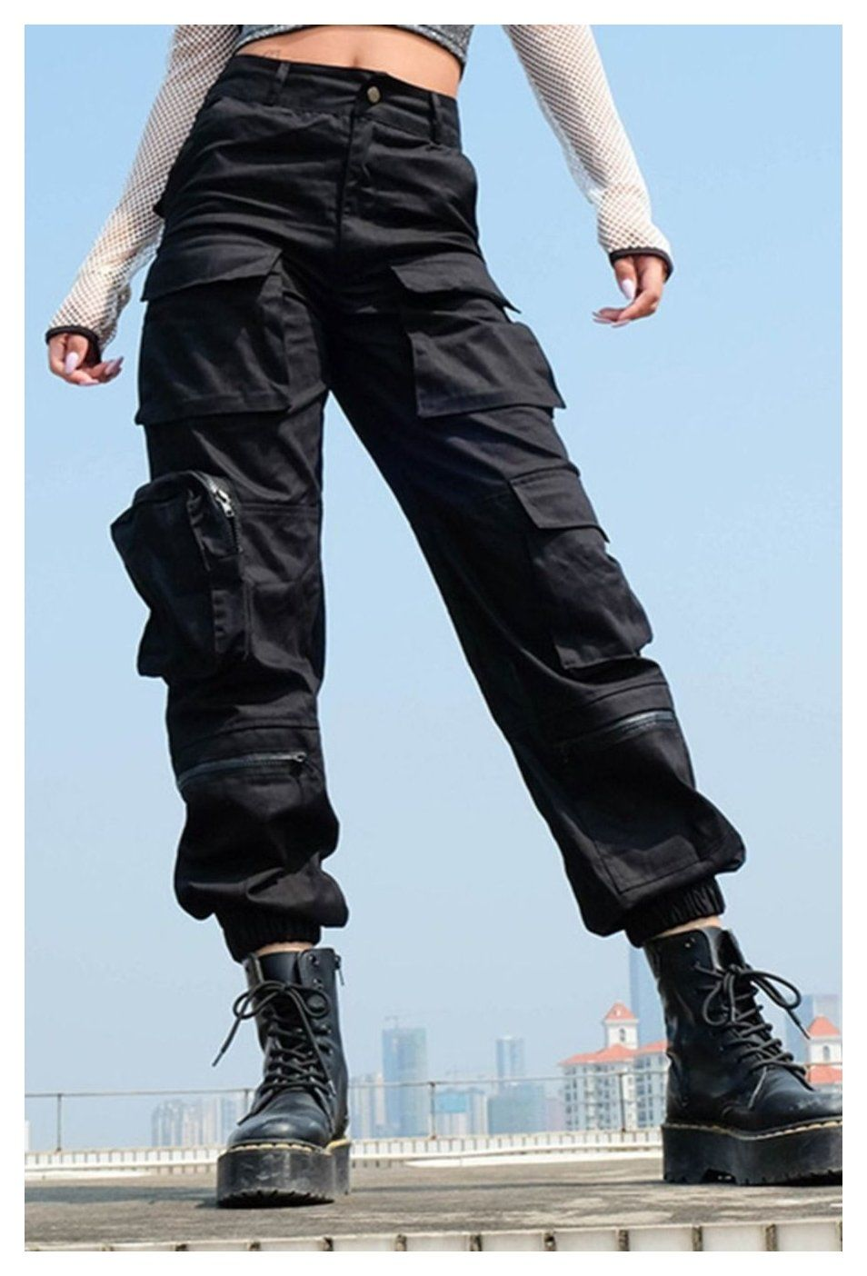 cute outfits with black cargo pants