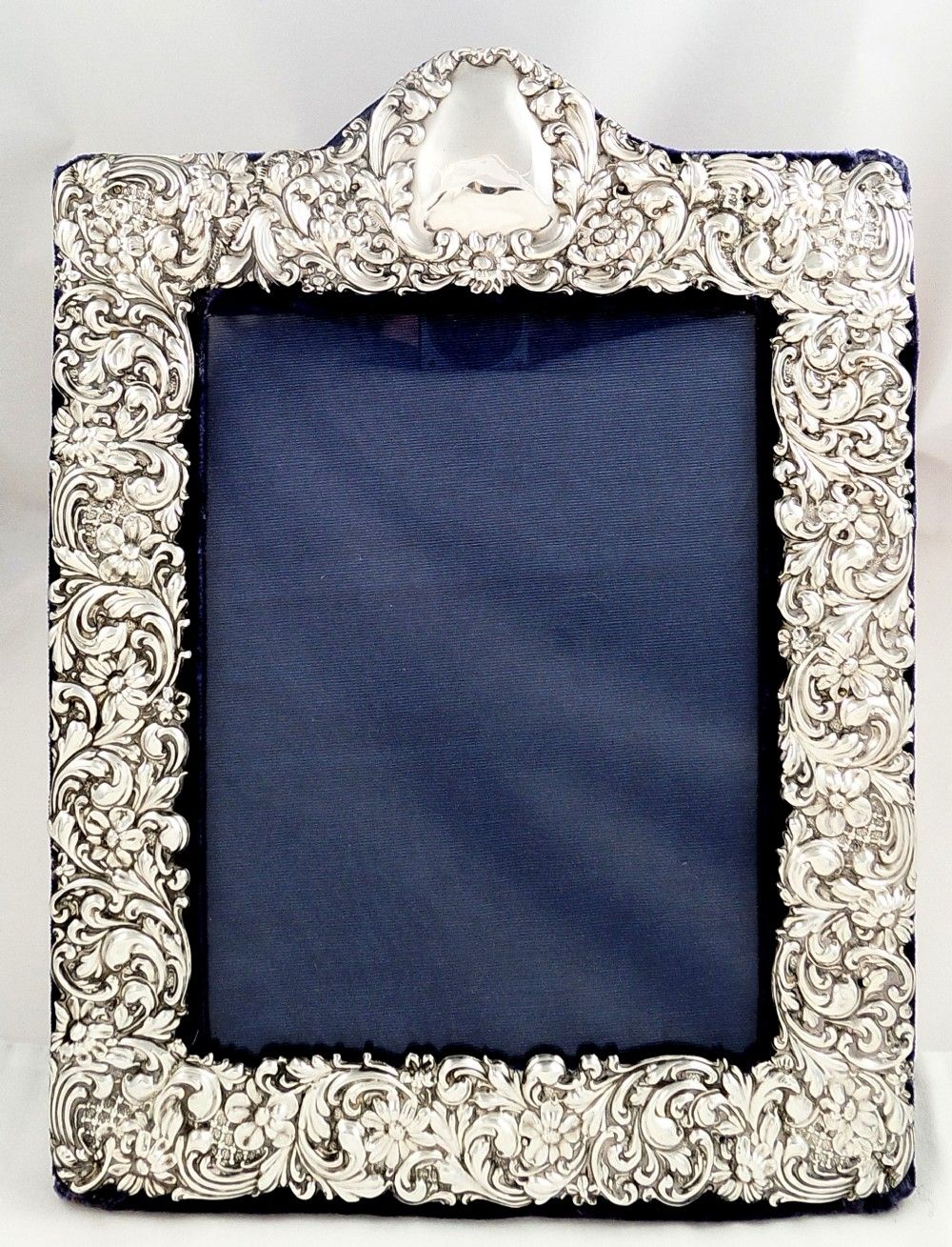 Antique edwardian sterling silver photo frame 1901 gold and antique edwardian sterling silver photo frame 1901 jeuxipadfo Image collections