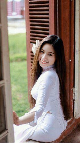 Vietnamese naaktmodellengrote lul kleine kont
