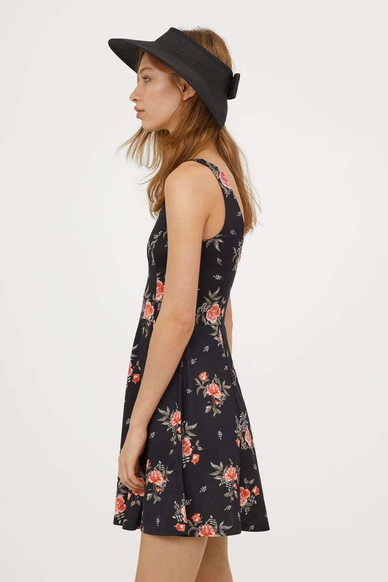 c1c51618f3a8e Sleeveless Jersey Dress - Black floral -