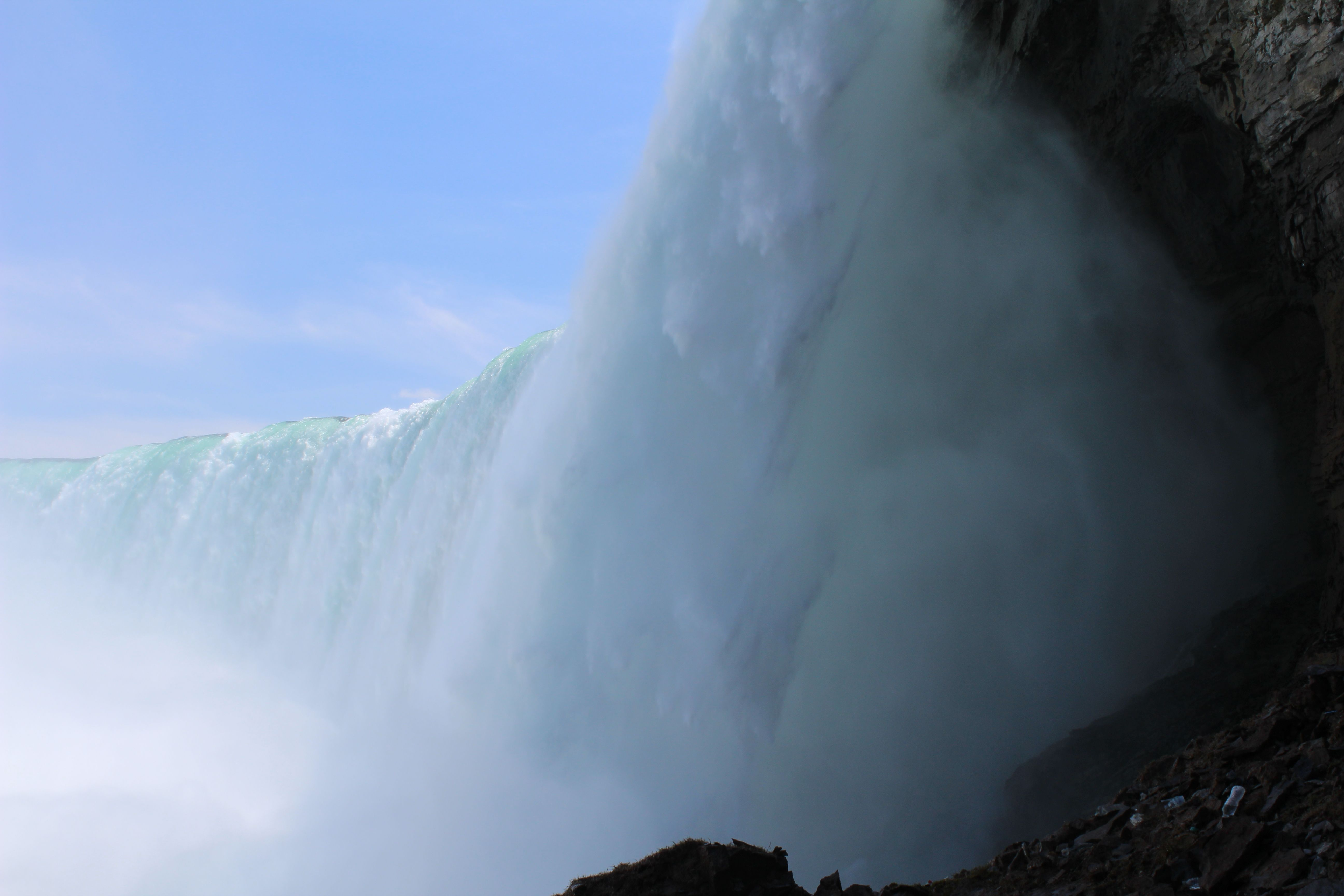 11 Photos That Will Hopefully Make You Want To Go To Niagara
