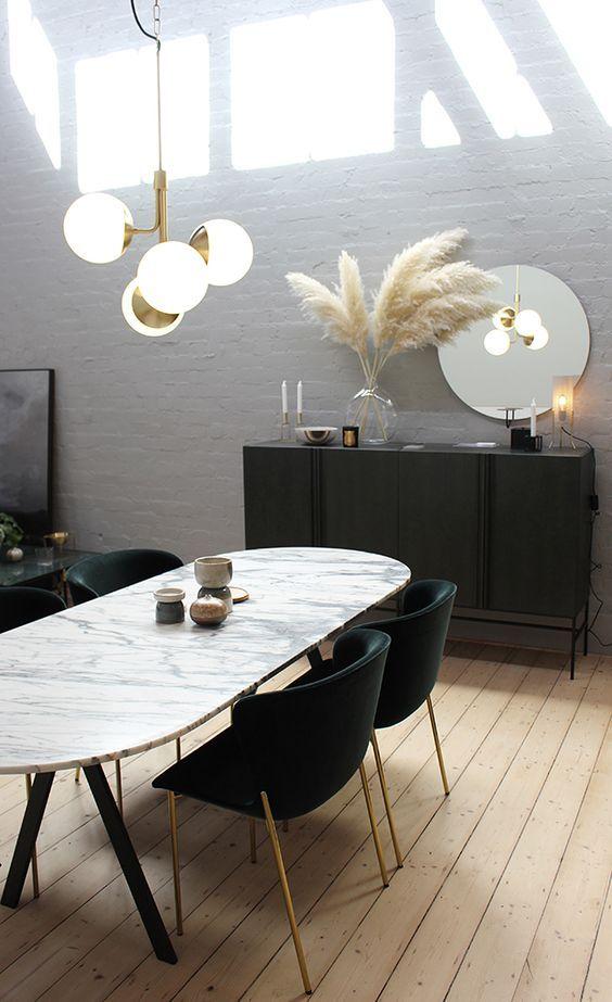 Mooie Witte Eettafel Stoelen.Minimalistisch Mooi Een Stijlvolle Witte Marmeren Eettafel In De