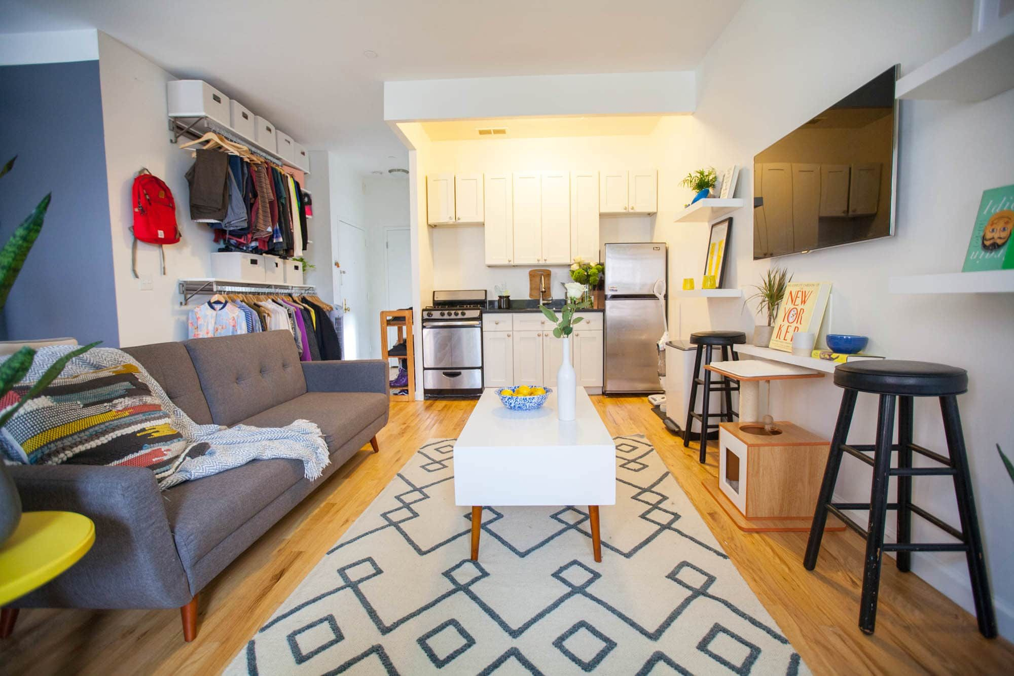 A 450 Square Foot Bronx Studio Apartment Is Cozy But Colorful One Bedroom Apartment Studio Apartment Bedroom Apartment