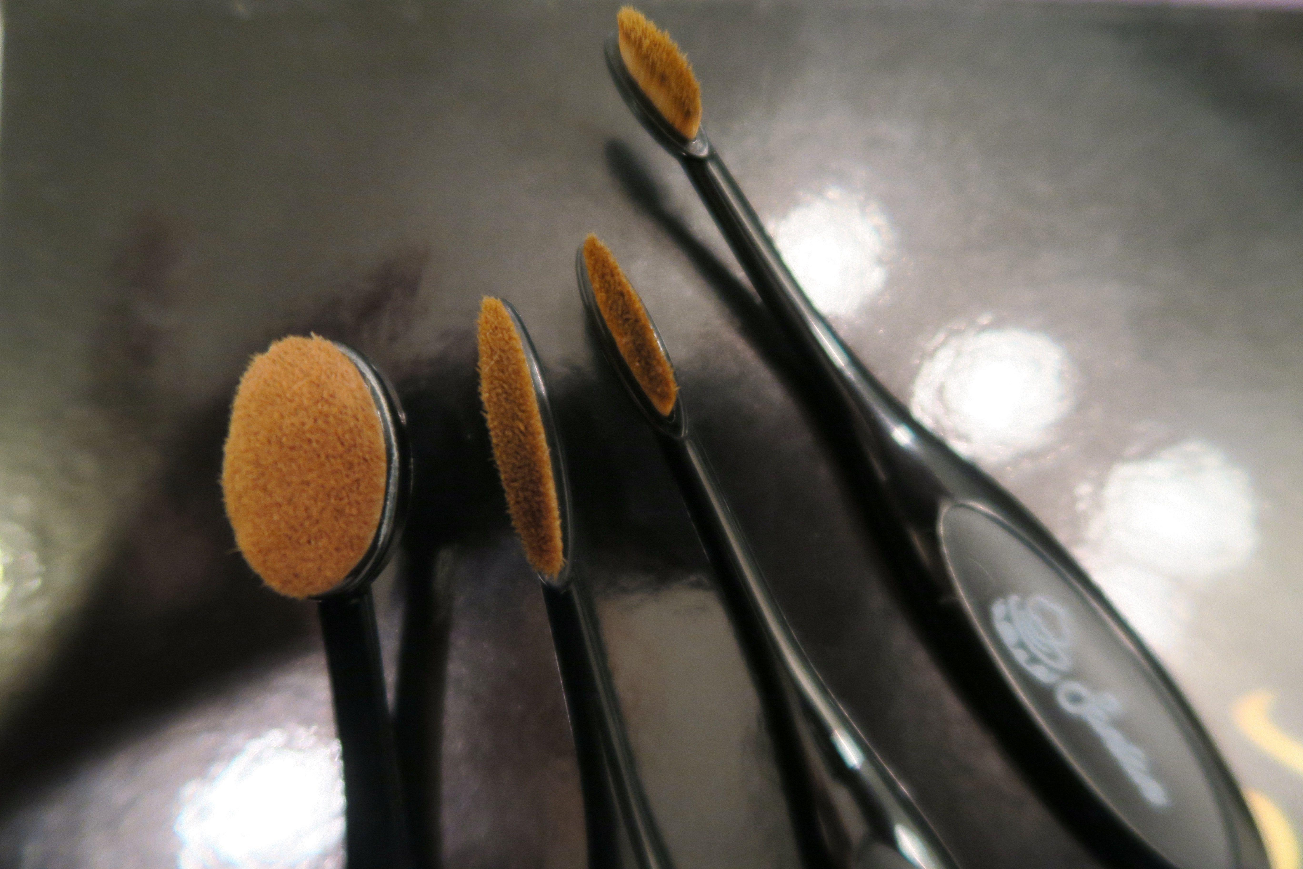 The Insanely Cheap 3 Artis Brush Dupes Artis brushes, Dupes