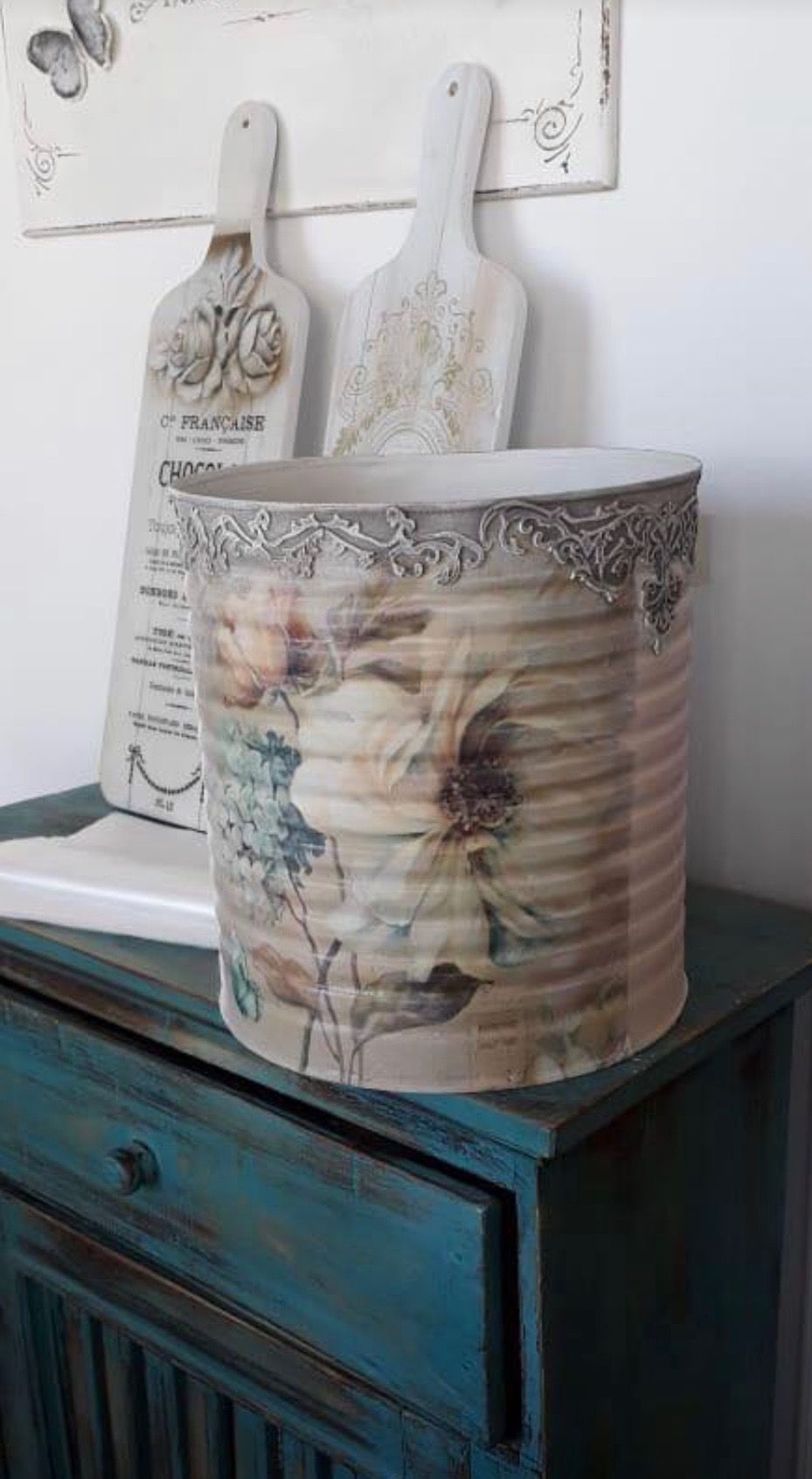Tin Can Art, Tin Can Crafts, Container Flowers, Gisele, Stenciling, Tissue Boxes, Coffee Cans, Tins, Mason Jars #tincans
