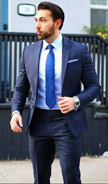 sexy Männer in Anzügen