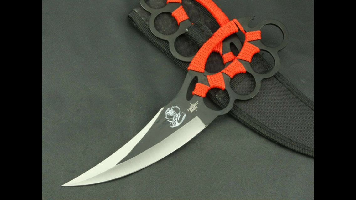 Knuckle Duster Knife