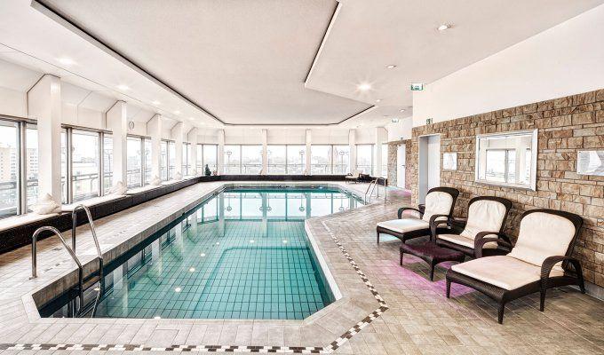 Nikko Spa Club im Hotel Nikko, Düsseldorf – Über den Dächern der Rheinmetropole lässt sich im Day Spa des Nikko-Hotels dem Alltag entfliehen und neue Energie tanken